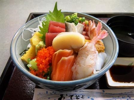 100325はなまる食堂【特盛り海鮮丼(松)大盛り】3.jpg