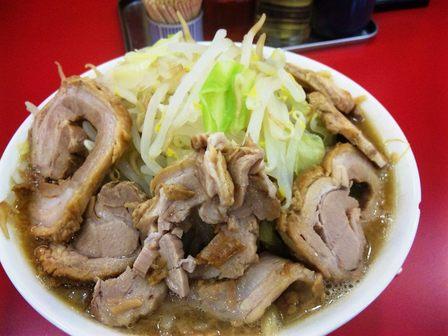 101025ジャンク・ガレッジ西船【ラーメン大豚W野菜増し】3.jpg