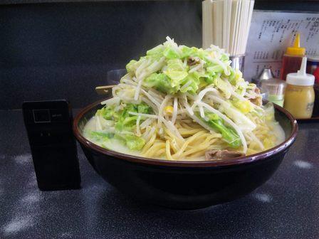 110419 博多どんたく チャンポン並盛り3.jpg